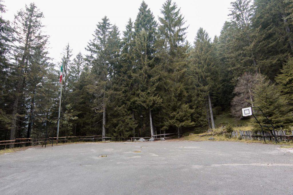 spazi comuni del campeggio del Villaggio Eni di Borca di Cadore