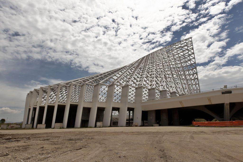 Dettaglio della copertura zona piscine della vela di Calatrava