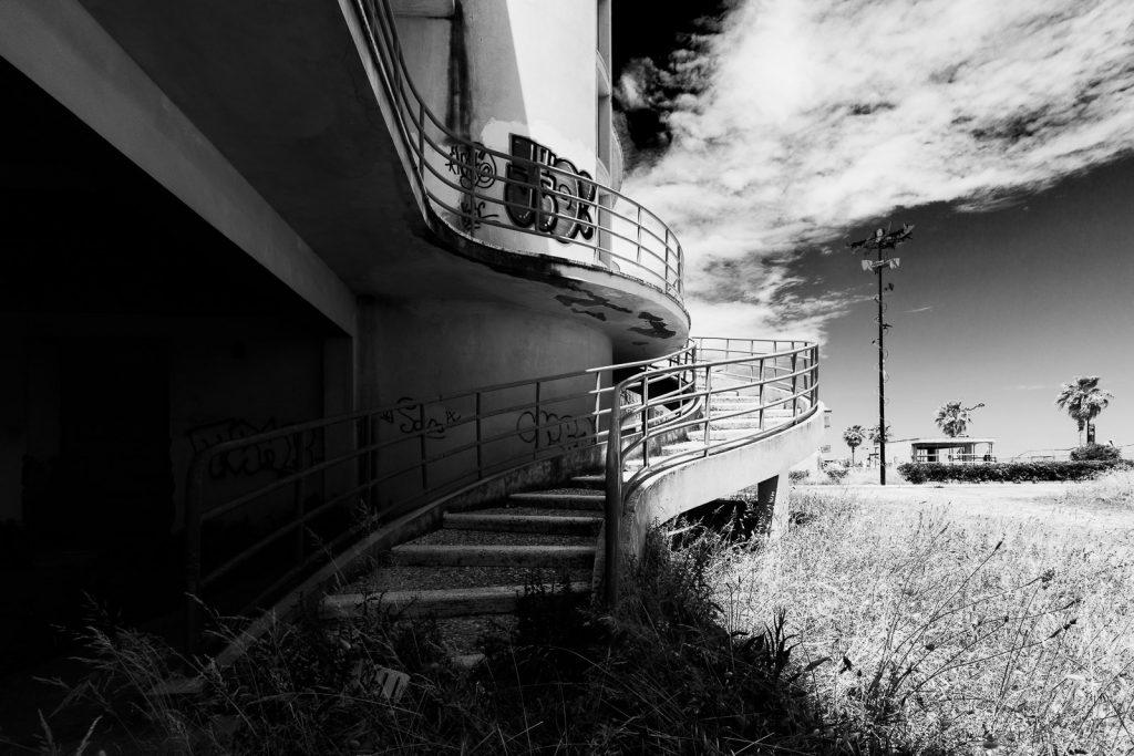 Colonia fasci combattenti di Rieti - Montesilvano (PE) | Dettaglio scala a spirale © 2016