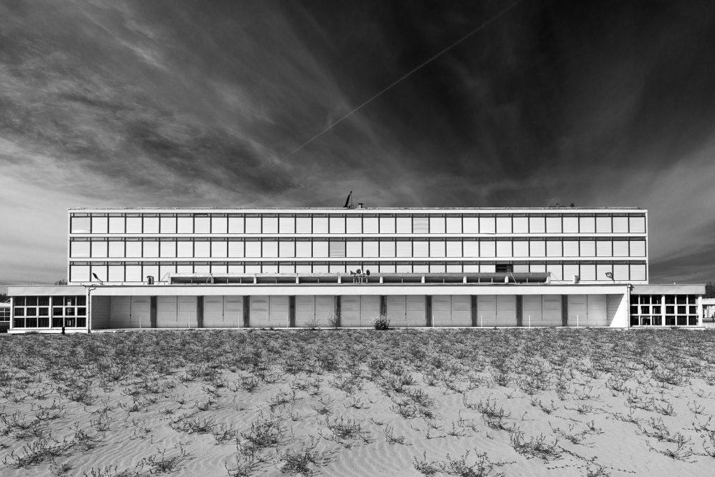 Colonia Agip - Cesenatico (FC) | Prospetto fronte mare edificio principale © 2016