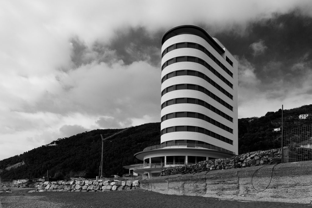 Colonia Fara - Chiavari (GE) | Dettaglio della torre © 2017