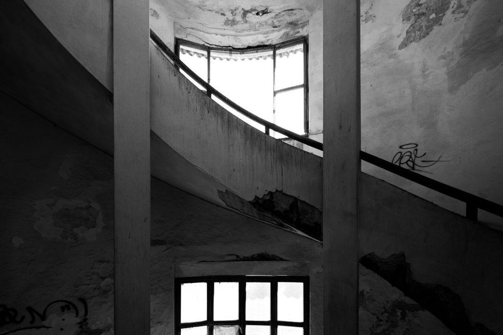 Colonia IX Maggio - Marinella di Sarzana (SP) | Prospetto Dettaglio scale e spirale © 2017