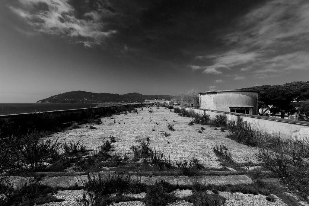 Colonia IX Maggio - Marinella di Sarzana (SP) | Vista dal tetto verso Nord © 2017