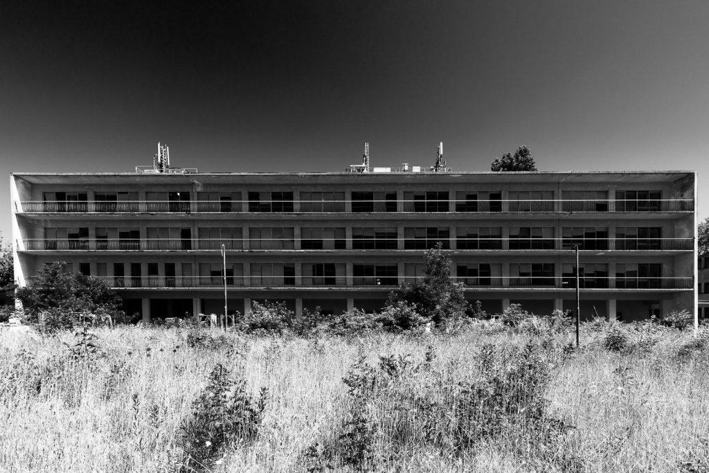 Colonia Principi di Piemonte - Lido di Venezia (VE) | Prospetto edificio principale © 2016