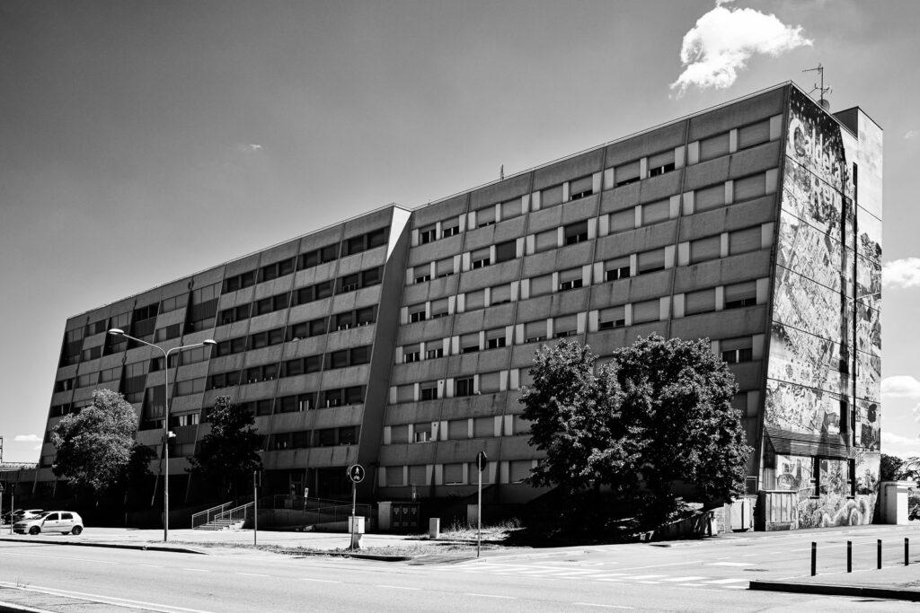 Calderara di Reno, riqualificazione urbana residence garibaldi 2 (ex Bologna 2) - Fabio Gubellini © 2020