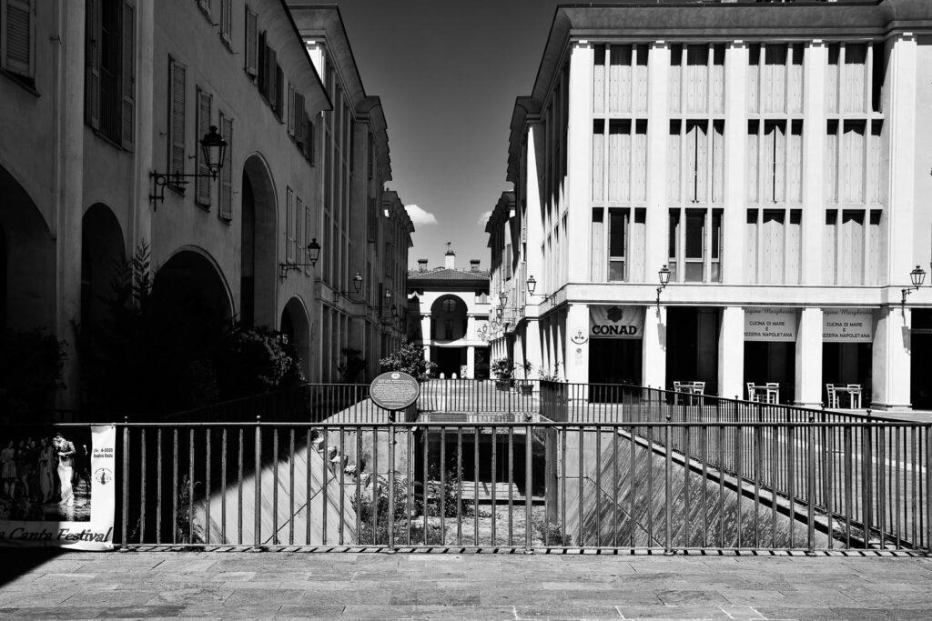 Castelfranco Emilia, piazza Aldo Moro - Fabio Gubellini © 2020