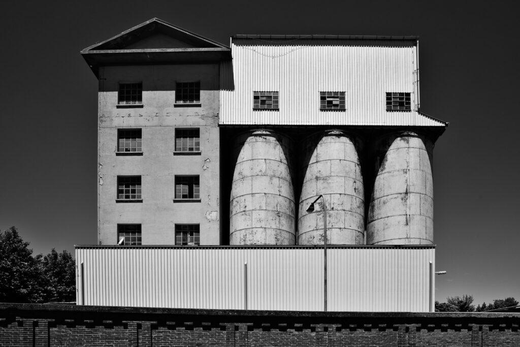 Ravenna, darsena di città (mangimificio Martini) - Fabio Gubellini © 2020
